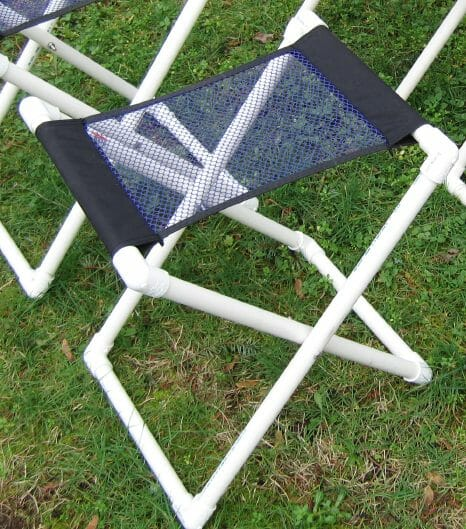 4 PVC folding stands, with 2 different fabric types