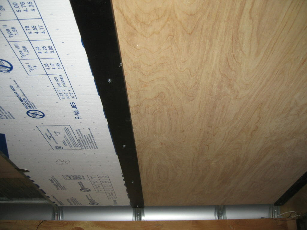 insulation-ceiling-installation